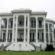 The front view of the mansion at Nottoway Plantation (near New Orleans).