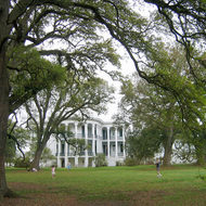 A side view of the mansion at Nottoway Plantation (near New Orleans).