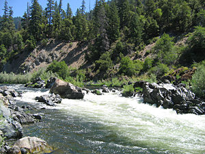 Thumbnail image ofDragon's Tooth rapid (Class IV) on the Lower Klamath...