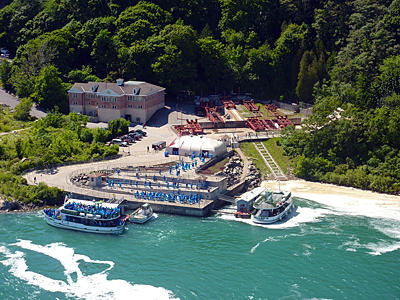 "Thumbnail image of The ""Maid of the Mist"" loading passengers to go..."