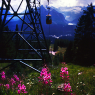 The ski lift at Lake Louise Mountain Resort, with Lake Louise in the distance.