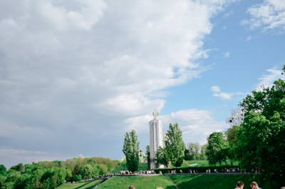 Thumbnail image of Monument to victims of the Holodomor (1932-1933).