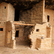 Spruce Tree House dwellings.