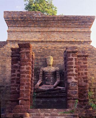 Thumbnail image ofAncient temple at Sukhothai.