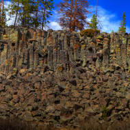 Sheepeater cliff with magnificent columnar basalt formations.