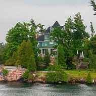 Riverfront properties on the St. Lawrence river.