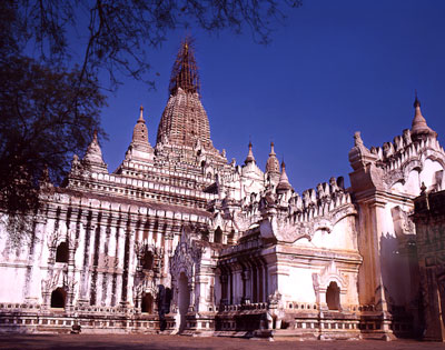 Thumbnail image of Magnifcent old pagoda on the dry and dusty plains...
