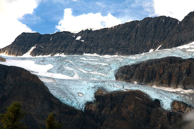Thumbnail image of Crowfoot glacier in the Canadian Rockies.