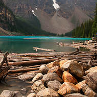 Logjam at the outflow: Moraine Lake.