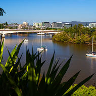 Brisbane River, Captain Cook bridge and the city botanical gardens.