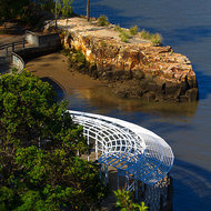 Small beach on the Brisbane River at the Kangaroo Point cliffs.