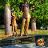 Statue in memory of Vietnamese boat people.