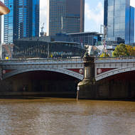 Princes Bridge over the Yarra River and Federation Square beyond.