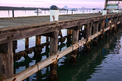 Thumbnail image ofSt Kilda pier and breakwater.