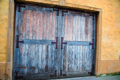 Thumbnail image ofColors and textures of an automotive repair shop.