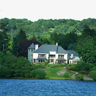 Very nice lakeside property on the shore of Lake Windermere.