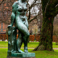 Danish Girl statue by Gerhard Henning beside Lille Lungegardsvann.