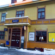 Waiting at Nesbyen train station on the Oslo-Bergen railroad.