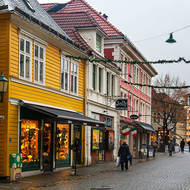 Laneways of Bergen, shopping.