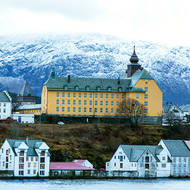 Aspoy Skole (school) in Alesund.
