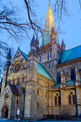 Thumbnail image ofCold light of morning over Nidaros Cathedral.