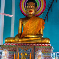 Large Buddha image within the temple of Wat Prom Rath.