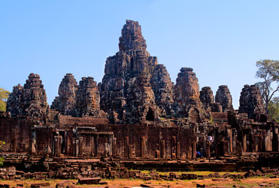 Thumbnail image ofPanorama of the southern side of Bayon in the...