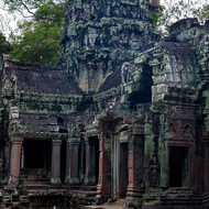 An inner tower of Ta Prohm in relatively good condition.