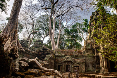 Thumbnail image ofNorth eastern courtyard between Ta Prohm enclosures...
