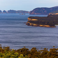 View from Pirates Bay lookout southward towards The Lanterns, Hippolyte Rocks and Cape Huay.