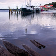Early morning at the Strahan harbor.