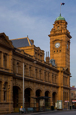 Thumbnail image of Hobart Post Office, lit by low afternoon sun.