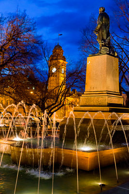 Thumbnail image ofStatue of Governor Sir John Franklin by the Hobart...