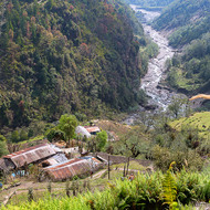 Farm house and trail in the valley of the Kimrong river.