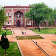 Enclosure wall and entrance gateway to Humayun's Tomb.