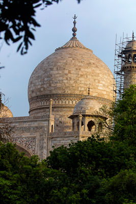 Thumbnail image of Dome of the Taj Mahal from the south east.