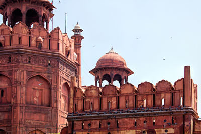 Thumbnail image ofGuard tower over the Red Fort inner Lahori gate.