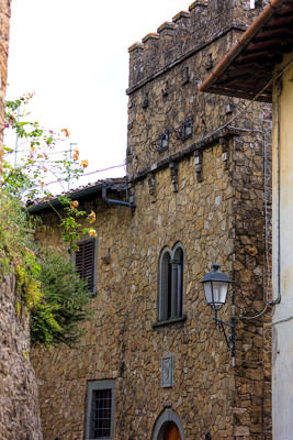Thumbnail image ofTowered house in Montefioralle village.
