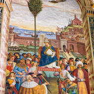 Large fresco by Pinturicchio of Pius II becoming pope.