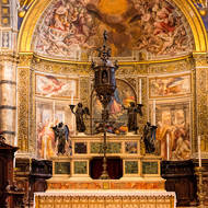 Main altar of the Duomo.