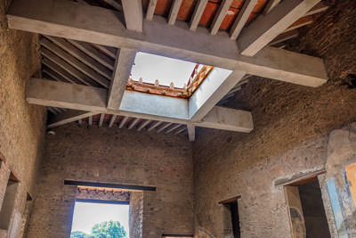 Thumbnail image ofHouse ceiling with water collection confluvium...