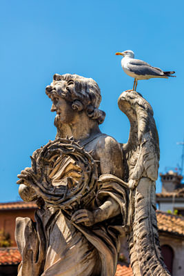 Thumbnail image ofAngel with crown of thorns on Ponte Sant'Angelo.